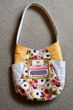 Jeni Baker's 241 Tote, a pattern from Noodle-Head
