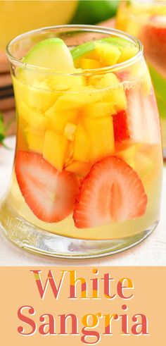 Sangria Recipes, Drinks Alcohol Recipes, Yummy Drinks, Wine Mixed Drinks, Wine Drinks, Sweet White Wine, Refreshing Summer Cocktails, White Sangria, Summertime Drinks