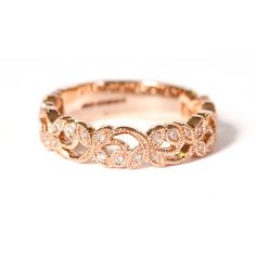 Curvaceous bands of expertly embellished rose gold interlace with a patterned sequence of round brilliant cut diamonds. Rose Gold Diamond Ring, Diamond Cuts, Eternity Rings, Cute Jewelry, Vintage Rings, Ring Designs, Bands, Diamonds, Wedding Rings