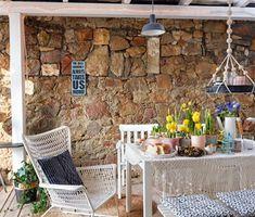 Hangulatos nyaralóház a Balaton-felvidéken - Lakáskultúra magazin Outdoor Furniture Sets, Outdoor Decor, Sweet Home, Patio, Building, Projects, Modern, Home Decor, Kitchen