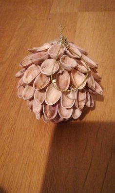 Bombka z pistacji