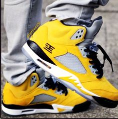 ae832cf23ff 15 Best sneakers that I d wear images