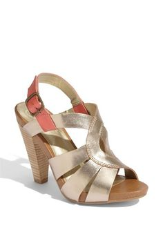 Perfect for girls night out Zapatos De Vestir d478b46cbaf0