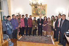 02.09.2019: Silaturahmi dan Jamuan Makan Malam bersama delegasi Walikota Surabaya, Tri Rismaharini dan Walikota Denpasar, Ida Bagus Rai Mantra di Wisma Duta RI.