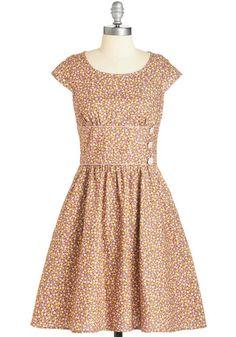 1940s Style Dress with sleeves #1940sfashion #retro. So pretty! $89.50