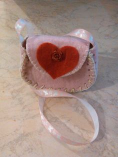 borsetta in feltro rosa per bambina