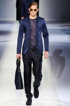 Emporio Armani Spring 2014 Menswear Collection Slideshow on Style.com