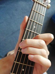 Learn Guitar Beginner, Guitar Chords Beginner, Learn To Play Guitar, Guitar For Beginners, Easy Guitar, Guitar Tips, Guitar Songs, Guitar Lessons, Ukulele