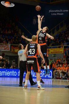 Jump Ball. Montakit Fuenlabrada - Valencia B. #LigaEndesa