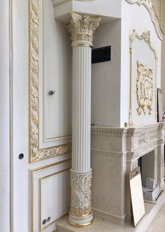 Classical Interior Design, Home Interior Design, Interior Architecture, Main Door Design, Hall Design, Columns Decor, Wall Texture Design, Wooden Corbels, Pillar Design