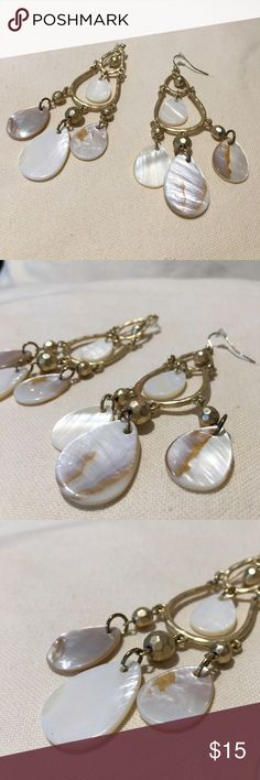 Elegant Pearls White Mother-of-Pearl Pendant 20 PEARL ROMANCE
