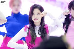 YeIn (Lovelyz) - Seoul Motor Show Concert Pics