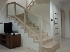 betonowe schody dywanowe - Szukaj w Google Beach House, Stairs, Google, Design, Home Decor, Houses, Banisters, Beach Homes, Stairway