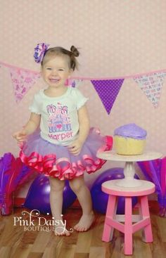 "What to wear to a ""royal"" smashcake celebration? Princess birthday smash cake outfit ThePinkDaisyBoutique on Etsy."