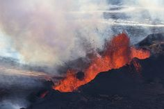 Aerial Photos of the Ongoing Eruption at Holuhraun Lava Field in Iceland