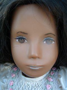 Brunette with developmental eyes - no eyelashes wearing a lovely smocked dress Philtrum, Sasha Doll, Ooak Dolls, Eyelashes, English, Childhood, Beautiful, Eyes, Lashes