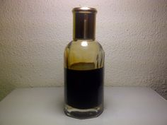 Royal Belum Oud oil. Thick. Very deep and earthy. Produce from aged malacensis tree. Worldwide shipping.