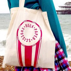 Looking for a sweet summer bag? ;) Check out our range of handprinted tote bags... #noths #helloDODO #summer #bag