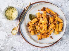 Rigatoni, Sauce Bolognaise, Bolet, Pasta, Carrots, Spaghetti, Curry, Vegetables, Ethnic Recipes