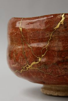 Kintsugi, Japanese Ceramics, Japanese Pottery, Japanese Culture, Japanese Art, Tea Bowls, Rice Bowls, Japan Crafts, Japanese Aesthetic
