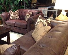 The high arms on this leather living room set are stylish yet warm and cozy. Great for your family room or even your master suite! | Houston, TX | Gallery Furniture |