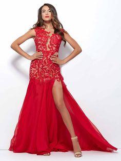 #evening #reddress #redwoman / Suknia wieczorowa w kolorze ognistej czerwieni.