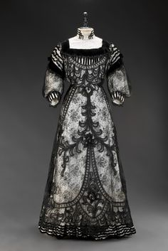 Dress, circa 1905. From the Museum of Decorative Arts in Prague.
