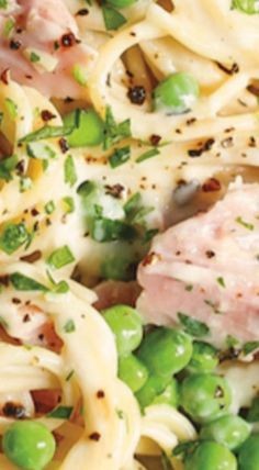 Ham and Peas Pasta with Garlic Parmesan Cream Sauce - The perfect way to use up all your leftover ham! It is amazingly creamy, comforting and kid-friendly! Pork Recipes, Pasta Recipes, Dinner Recipes, Cooking Recipes, Easy Ham Recipes, Dinner Ideas, Noodle Recipes, Chicken Recipes, Garlic Pasta