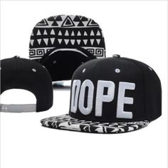 Image via We Heart It https://weheartit.com/entry/153082575/via/8062326 #cap #fashion #hat #style #snapback