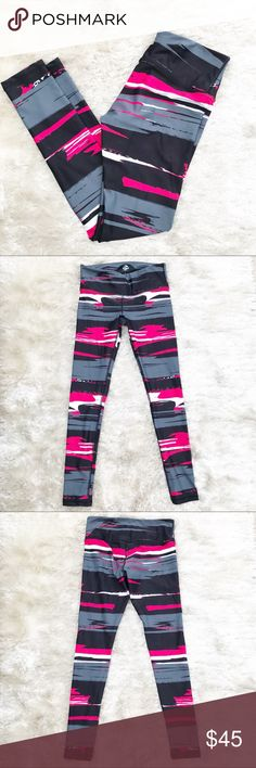 NWOT || NOLI Striped Leggings Red, black, white, and gray fun striped print leggings from Noli. Original price was $92. Size small. Noli Pants Leggings