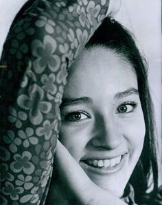 Olivia Hussey, Lovely Smile, Very Lovely, Simply Beautiful, British Actresses, Actors & Actresses, Leonard Whiting, Romeo Und Julia, Romance Film