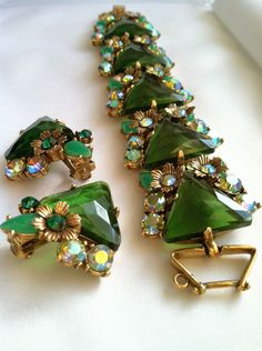 SELRO SELINI Vintage Jewelry / 50s Glam / Demi Parure / Emerald Green Stunner. $125.99, via Etsy.