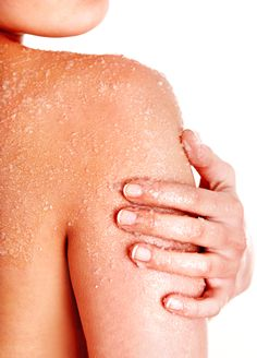 Das ulitmative Körperpeeling Weiche, strahlende Körperhaut bekommst du mit…