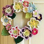 Free Crochet Springy Flower Wreath Pattern