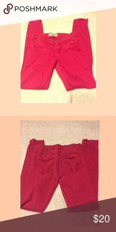 Pink Jeans Hollister Size 3 Hot Pink Jegging Jeans. Very cute. Hollister Jeans