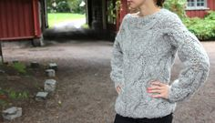 Awesome sweater.  A fabulous site with awesome free knitting patterns!