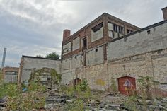 South Bend, Indiana​ spent much of its history as an industrial powerhouse. As with other Rust Belt cities, the latter half of the 20th century brought economic hardship. The gears of many industries ground to a halt, leaving abandoned factories and homes in their wake.
