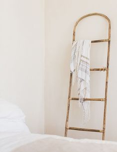 Place this curved bamboo ladder in your bathroom or on your landing as a decorative feature that's also functional. We love to hang cotton towels collected on our travels on this ladder. It could sound at first like the Turkish towel is actually other towels, but there are numerous unique features which render it stand out. #turkishtowel #peshtemal #peshtemaltowel Diy Furniture Cheap, Diy Furniture Renovation, Diy Furniture Hacks, Bamboo Furniture, Furniture Legs, Design Furniture, Vintage Furniture, Garden Furniture, Small Wall Mirrors