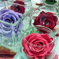 Osez les fleurs stabilisées #decoration #Cadeaux #offrir #fleur #mariage #wedding http://www.artifleurs-fleurs-artificielles.com/boutique/fleurs-naturelles-preservees/…