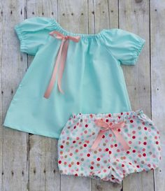 Mint Baby Girl Outfit - Babys First Birthday Outfit with Bloomers - Baby Photo Outfit - Baby Girls Shower gift Outfit - Newborn gift Outfit by BestDressEver on Etsy Baby Girl Fashion, Kids Fashion, First Birthday Dresses, Baby Dress Design, Baby Girl Dresses, Baby Girls, Kids Frocks, Baby Suit, Baby Bloomers