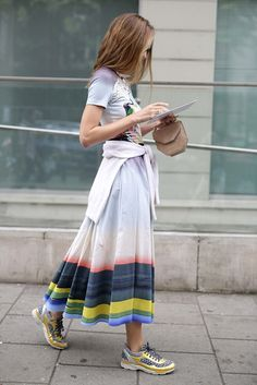 Pretty girl http://www.vogue.mx/moda/moda-en-la-calle/galerias/street-style-moda-en-la-calle-tendencias-viernes-casual/2972/image/1227754