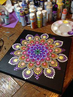 Best 10 7 chakras Mandala on inches wood circles by Pierre du Coeur – SkillOfKing. Dot Art Painting, Mandala Painting, Tole Painting, Mandala Painted Rocks, Mandala Rocks, Mandala Pattern, Mandala Design, Composition Photo, Mandela Art