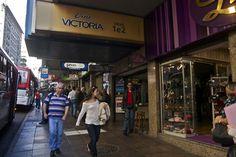 A migração dos cinemas de Porto Alegre (Parte 1 – Centro)  http://www.sul21.com.br/blogs/miltonribeiro/2012/09/28/a-migracao-dos-cinemas-de-porto-alegre-parte-1-centro/#