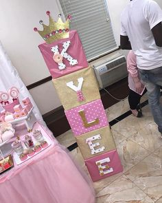Cheap Homes and Tips For Buying a House in Sale Princess Birthday Party Decorations, Princess Theme Birthday, 1st Birthday Party For Girls, Unicorn Birthday Parties, Baby Birthday, Princess Centerpieces, Baby Girl Shower Themes, Girl Baby Shower Decorations, Baby Shower Princess