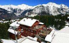 vue aérienne de l'hôtel @hotel new solarium courchevel