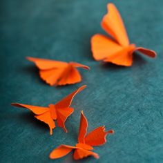 3D wall butterflies-for Sophie's wall?  i just checked out the etsy site...really cute ones!
