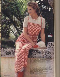 Просмотр изображения / 20s Fashion, Vintage Fashion, Womens Fashion, Modest Wear, 1990s, Short Sleeve Dresses, Retro, Slay, How To Wear