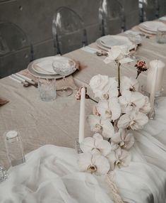 #brisbanewedding #brisbanebride #bridal #wedding #stylist #brisbane #flowers #pretty #brisbaneflorist Wedding Centerpieces, Wedding Table, Wedding Reception, Wedding Decorations, Table Decorations, Wedding Colors, Wedding Styles, Wedding Flowers, Wedding Ideas