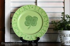 The V Spot: Upcycling an old plate for St. Patrick's Day.