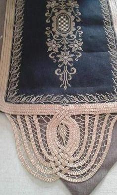 Λασε Cross Stitch Embroidery, Cross Stitch Patterns, Point Lace, Tablerunners, Tablecloths, Needlework, Butterfly, Crochet, Art